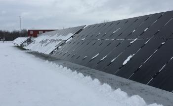 پنل خورشیدی در زمستان