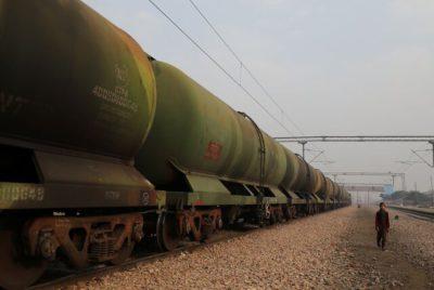 پیشنهاد سعودیها استراتژی نفتی جدید هند شد - مهرشید نیرو •