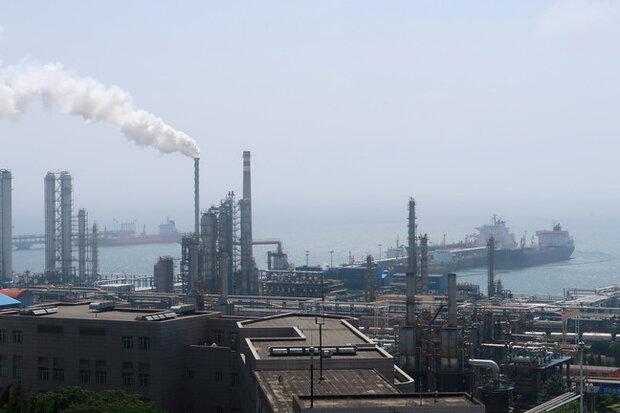 قیمت نفت خام در معاملات امروز، سهشنبه، در حالی تثبیت شد که دیشب با نگرانی از کند شدن اقتصاد چین و افزایش تولید نفت اوپک پلاس با سقوط سنگینی روبرو شده بود.
